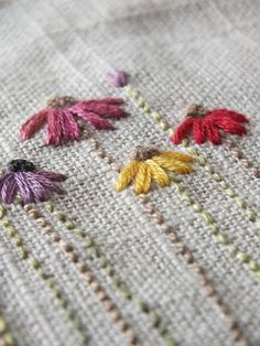 The Makers Studio: ...I stitch flowers...