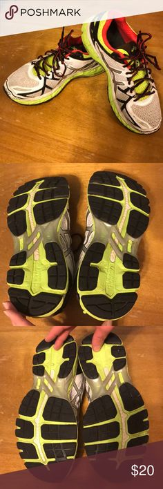ASICS men's gel kayano 21 sz 8 1/2 ASICS men's gel kayano 21 sz 8 1/2  Cleaning out closet found these great condition tennis shoes only worn a few time husband didn't like and hid in closet. Asics Shoes Sneakers