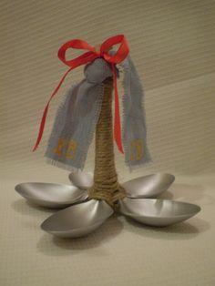 Конструкторы: подставка для яиц (подставка для яиц, ложки пластиковые, пасха, свеча) ФОТО #8