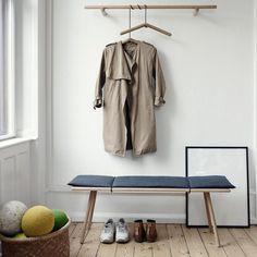 北欧インテリアにピッタリなベンチにちょっと一休み【hyggelig interior 10】 SKAGERAK(デンマーク) Georg Bench Designed by CHRIS L. HALSTRØM ,2012