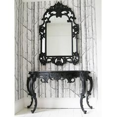 Totally love this! It'd loom amazing when you walk in the front door!