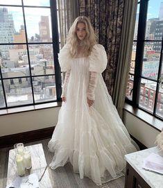 Best Wedding Dresses, Bridal Dresses, Wedding Gowns, Pretty Outfits, Pretty Dresses, Beautiful Dresses, Elegant Dresses, Vintage Dresses, Vintage Lace