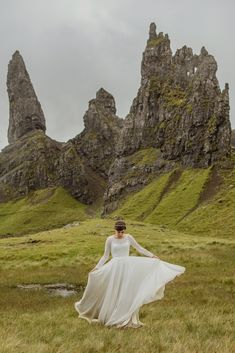 Elope Wedding, Dream Wedding, Wedding Day, Wedding Dresses, Elopement Wedding, Wedding Places, Wedding Tips, Trendy Wedding, Wedding Anniversary