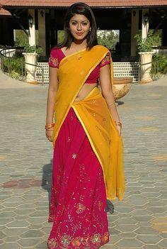 Prathista Hot Navel Photos in Half Saree – Movie Photos Gallery 10 Most Beautiful Women, Beautiful Girl Indian, Beautiful Saree, Beautiful Indian Actress, Beautiful Roses, Beautiful Actresses, Indian Bridal Lehenga, Indian Beauty Saree, Indian Sarees