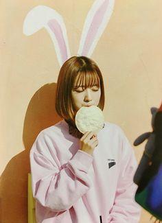 Yoon Bomi Apink❤ Put Your Hands Up DVD Scan South Korean Girls, Korean Girl Groups, Eunji Apink, Seven Springs, Pink Panda, Eun Ji, Cube Entertainment, Korean Artist, Chor