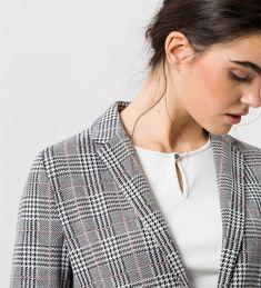 Fashion Models, Trends, Blazer, Elegant, Zero, Outfit, Pendant Necklace, Mode Style, Ootd