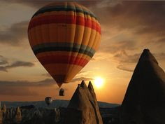 Google Image Result for http://www.bookturkeytours.com/images/Cappadocia-Hot-Air-Balloon6.jpg #Cappadocia #Turkey #Travel