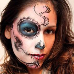 Put your best face forward with these drop-dead gorgeous Day of the Dead-inspired Halloween makeup looks.