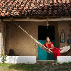 Rural traditional housing. Tehuana repose over the hammock. Istmo de Tehuantepec, Oaxaca.