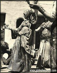 vintage tribal bellydance pic from gildedserpent