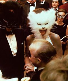Oscar de la Renta and Françoise de Langlade at Truman Capote's Black and White Ball, 1968 - Mask