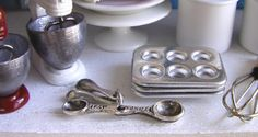 The Mouse Market - Dollhouse Miniature Measuring Spoons - 1/12 scale