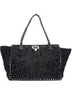 Designer Tote Bags - Designer Bags for Women Valentino Black, Valentino Rockstud, Best Tote Bags, Designer Totes, Purses And Bags, Shoulder Bag, Shoe Bag, My Style, Animal