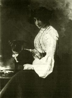 Colette with her beloved Toby Chien ~