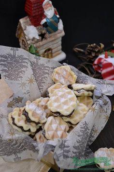 Prajitura Faguri - Retete Culinare- Bucataresele Vesele Waffles, Pancakes, Sweets, Cheese, Cookies, Desserts, Drinks, Face, Kitchens