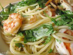 Die Raumfee: Spaghetti mit Rucola, King Prawns, Knoblauch & Chili // Spaghetti with arugula, king prawns, garlic & chilli