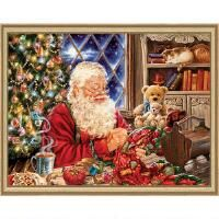 Heaven and Earth Designs Santa Sew Sweet Chart & Fabric Counted Cross-Stitch