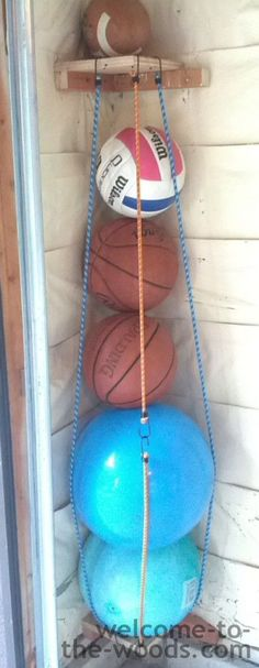 DIY Ball Corral - welcome to the woods - DIY Ball Corral - Welcome to the Woods. Store all those bouncy balls, basketballs, soccer balls, and volleyballs in an accessible and sensible way in your garage. Great tutorial on how to build it! Ball Storage, Patio Storage, Garage Storage, Woodworking Projects, Diy Projects, Diy Zimmer, Kids Wood, Diy Garage, Garage Organization