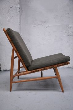 Archi-Furni-Interi — Ercol Lounge Chair