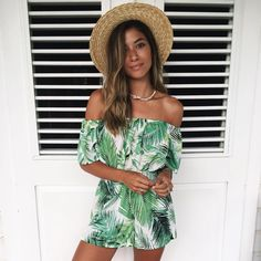 LIVIA / POLAND / 18 / eat hah Lover of travelling and hot chocolate! Tumblr Summer Outfits, Summer Outfits For Teens, Girly Outfits, Business Casual Outfits For Women, Casual Winter Outfits, Fall Fashion Outfits, Womens Fashion, Fashion Fashion, Fashion Ideas