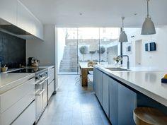 Modern Luxury Kitchens For A Grand Kitchen Open Plan Kitchen Diner, Open Plan Kitchen Living Room, Dining Room, Custom Kitchens, Bespoke Kitchens, Basement Kitchen, New Kitchen, Kitchen Interior, Kitchen Decor