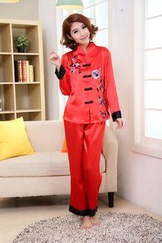 Pink Traditional Chinese Women Silk Pajamas Set Embroidery Pyjamas Suit Home Wear Tang Suit Sleepwear Flower 2PCS M L XL WP002