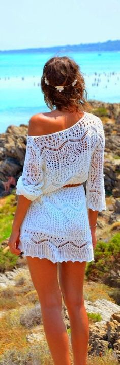 Spring fashion | Boho white lace dress