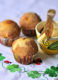 Tea Cakes with Honey Butter