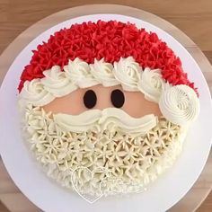 The festival of joy brings with it loads of happiness and Mr. Santa Clause is an indispensable part of it. See more at slay lifestyle delish delicious christmascake santaclausecake slaylebrity slay slaylifestyle food foodie lifestyle cake Christmas Cake Designs, Christmas Cake Decorations, Holiday Cakes, Holiday Desserts, Holiday Recipes, Xmas Cakes, Winter Decorations, Christmas Recipes, Cake Decorating Frosting