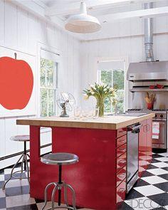 Elle Decor: SJP's Hamptons Home Print Uno la Mela by Enzo Mari from Moss
