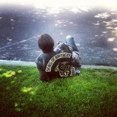 Chibs, Sons of Anarchy, SAMCRO, SOA, bikers, brothers, family, great tv, grass, photo