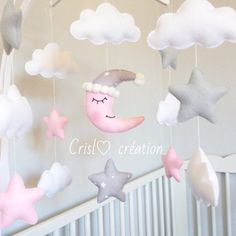 Chica móvil por Crislocreations en Etsy Baby Crafts, Felt Crafts, Diy And Crafts, Mobiles, Baby Decor, Kids Decor, Diy Y Manualidades, Baby Shawer, Pink Moon