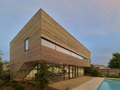Srygley Pool House / Marlon Blackwell Architect