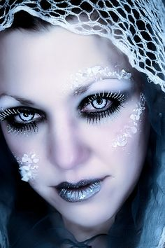 Google Image Result for http://www.deviantart.com/download/103412582/Ice_Queen_2_by_laurna.jpg