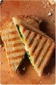 Avocado Spinach Sandwich with Ricotta Cheese (recipe in German - tell me if you need it translated into English :)