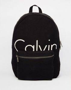 Bild 1 von Calvin Klein – Rucksack mit Logo Buy Calvin Klein Backpack Logo at ASOS. Get the latest trends with ASOS now. Calvin Klein Rucksack, Klein Backpack, Backpack Purse, Fashion Backpack, Calvin Klein Bags, Calvin Klein Shoes, Laptop Backpack, Cute Backpacks, School Backpacks