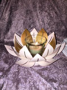 Förgylld lotusblomma