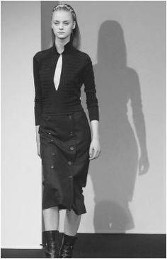 e0e0eeca4eb2 Jil Sander 1990 Black Midi Skirt