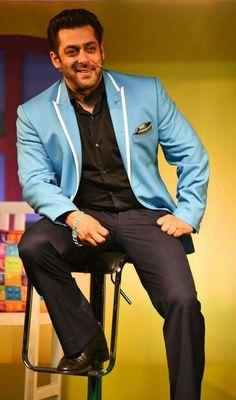 Salman Khan Photo, Movie Teaser, India Fashion, Men's Fashion, Bollywood Stars, Celebs, Celebrities, Gay Pride, Number One