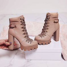 Shoespie Stylish Lace-Up Front Chunky Heel Plain Platform Boots Chunky Heel Ankle Boots, Ankle Heels, Lace Up Heels, High Heel Boots, Heeled Boots, High Heels, Heel Boots For Women, Black Platform Boots, Black Boots