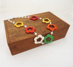 Items similar to Howlite Necklace, Colourfull Howlite Necklace, Flower Shaped Necklace, Gemstone Necklace on Etsy Handmade Necklaces, Handmade Gifts, Flower Shape, Gemstone Necklace, Beautiful Necklaces, Decorative Boxes, Shapes, Gemstones, Beads