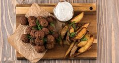 Greek meatballs with yogurt ouzo sauce by Greek chef Akis Petretzikis. An amazing traditional Greek recipe for Greek meatballs with a unique yogurt ouzo sauce! Greek Recipes, Raw Food Recipes, Lunch Recipes, Cooking Recipes, Greek Meatballs, Meatball Recipes, Sauce Recipes, Food Videos, Main Dishes