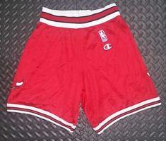 7d194a702d409 Vintage Champion Chicago BULLS Shorts YOUTH XL Jordan Mesh NBA Basketball