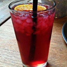 Que bien sienta la infusión de cáñamo de pomelo y vainilla fresquita, además nos ayuda a eliminar líquidos.#soloinfusiones #teatime #pomelo #pornfood. #pornfood #pornfood #pomegranate #fresh #drink #icetea #vanila #healthy #calor