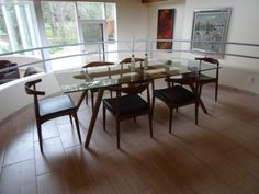 Glass-Top-Dining-Table