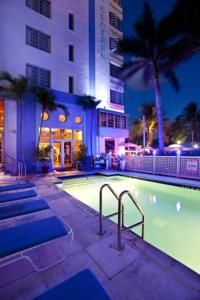 Ideally located steps from the beach in Miami, this pastel-hued, Art Deco classic hotel is filled with the charm, history and elegance of a past era. Park Central Hotel features an authentic Art Deco lobby greeting guests with style as soon as they arrive. Appreciate the custom-made period furniture and nightly turn down service. Take a swim in the heated pool or soak up the Florida sun on the rooftop sundeck.