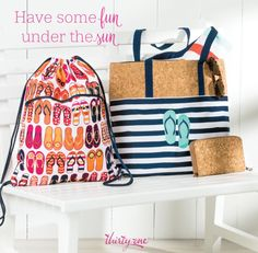 Thirty-One Gifts Cinch Thermal and Getaway Tote. Summer 2017  Kristin Moses Thirty-One Consultant www.mythirtyone.com/kristinmoses #tote #thermal #thirtyonegifts #summer #stripes #bag #joinme