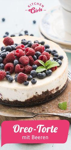 Oreo cake with berries - Torte selber machen - Oreo Dessert, Oreo Cake, Oreo Cheesecake, Oreo Cupcakes, Birthday Cupcakes, Donut Recipes, Cake Recipes, Dessert Recipes, Simple Muffin Recipe