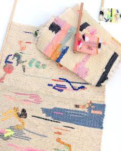 The round up! #tapestry #embroideryart #embroidery #weavings #miniweave #weavers #colorpalette #pink #shadesofpink #fiberart