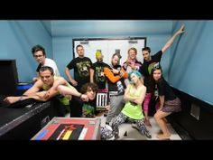 NEWS: Paramore release #MONUMENTOUR merch fashion show video http://boystereo.com/1l45H72 #Paramore